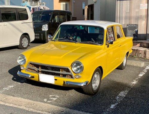 フォード コルチナ(改)の写真
